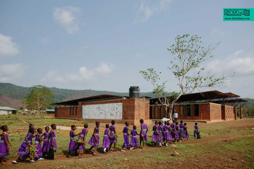 مدرسه ابتدایی دخترانه همگانی
