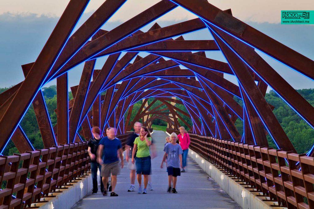 پل با طاق بست های ممتد بلند